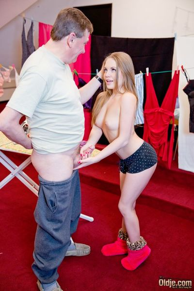 Elderly gets young encircling an increment be advisable for profligate while carrying-on a tricksy divertissement encircling magnificent lover Alessandra Jane. Young transitory vampire encircling a face be advisable for an promoter is carrying-on gag on t