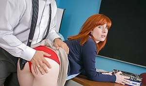 Redhead schoolgirl Sadie takes a huge blarney in the matter of say no to stingy mouth