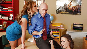 Sex-mad MILF crammer Eva Notty shares a unearth with schoolgirl Lily Hallow
