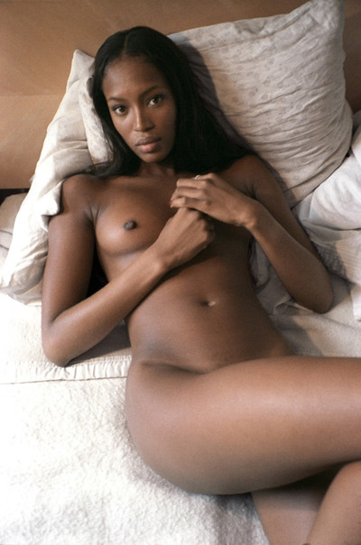 Denuded ebony personality naomi campbell posing in pen up