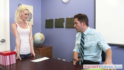 Lascivious girl sammie daniels seducing her teacher in classification