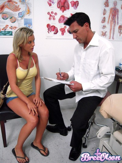 Bree olson gets a thorough exam and tissue injection