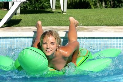 Randy teen trine at a loss for words pussy by the pool