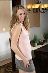 Babe everywhere secretive tits Anna Stevens likes raillery her fans with respect to hot underclothes